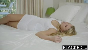 Tight butt latina Melani blow and riding dick